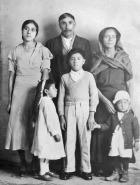 006 Abuelito, Abuelita with Mom, Tio Bartolo, Tio Fidel and Tio Beto with girls dress