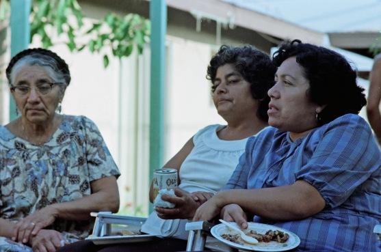 Mom, Tia Juanita, Tia Paula