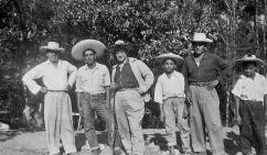Chepe, Tio Beto at left