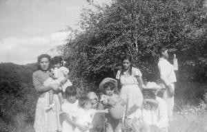 136 Tia Paula at Rosa de Castilla