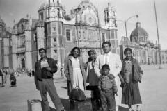 Tio Beto at left, La Capilla, San Luis Potosi