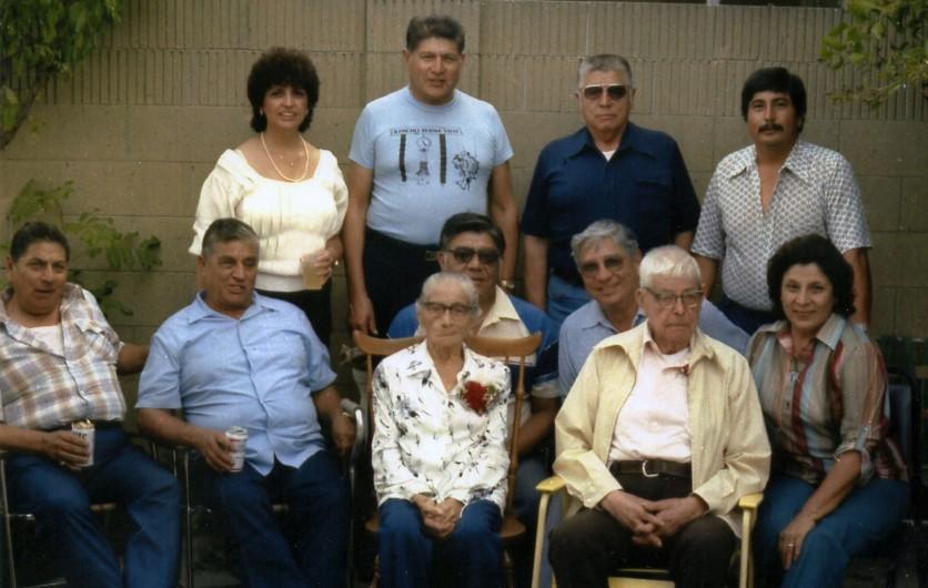 Tia Gabina and her family