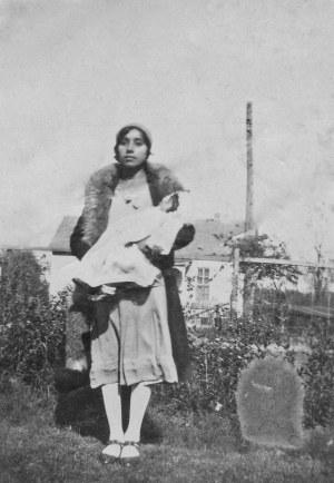 9.Mom 1930