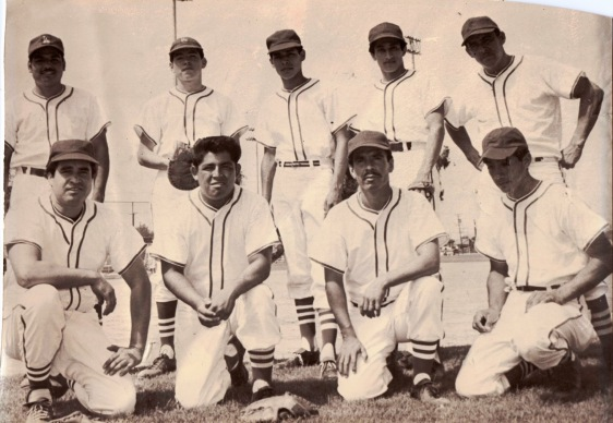 Azteca Softball team, lates 60's