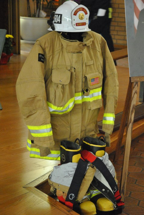 Firefighter Brian Wolf 2013 (15)