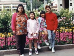 Miranda, Kiki, cousins from TX