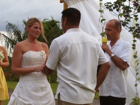 Tacho Megan tying the Knot