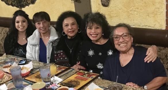 Christina,Licha, cousin Cecelia, Lorraine, Beany