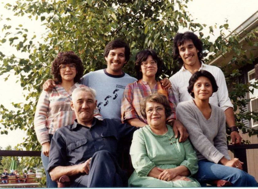 Carmen, Angie, Nicky, Marcelo, Tio & Tia, Frannie